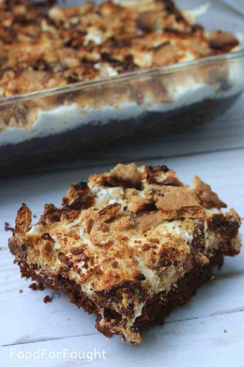 GRAHAM CRACKER S'MORES BROWNIE BARS #bars #dessert #cake #brownies #yummy
