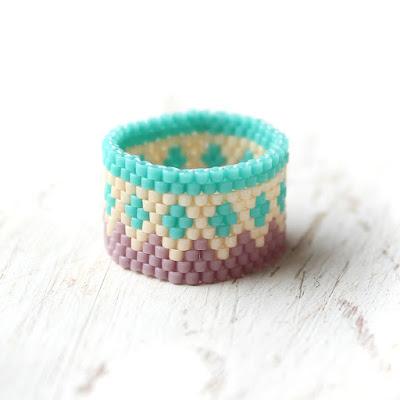 кольца с орнаментом фото самые необычные кольца
