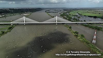 Cheias do Rio Tejo - Ponte Salgueiro Maia