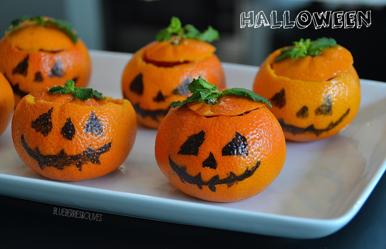 HALLOWEEN TREATS: MINI PUMPKINS WITH CHOCOLATE PUDDING FILLING
