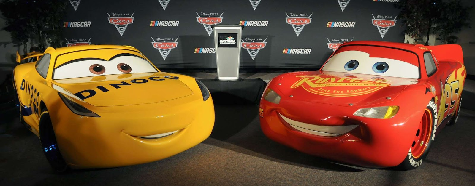 Cars 3 Road To The Races Tour Brings Life Sized Lightning