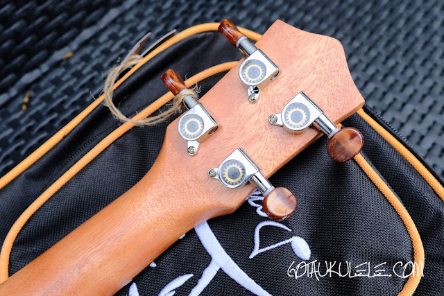 Donner DUC-1 Concert Ukulele tuners