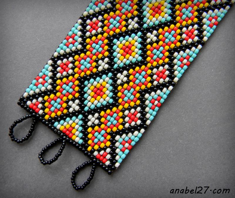 Браслет из бисера ткацким плетением