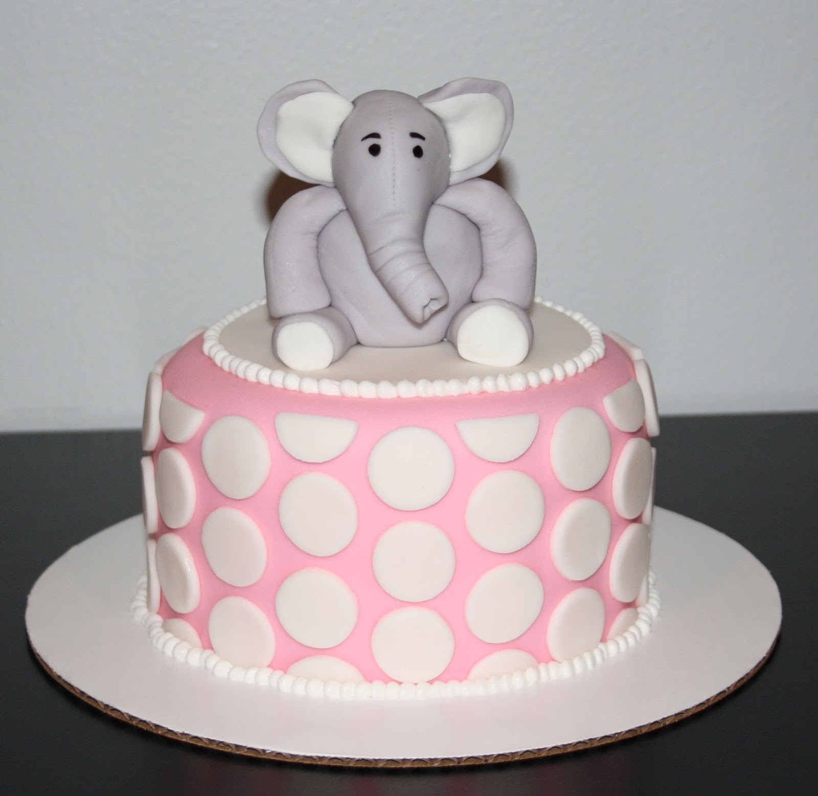 Elephant Theme 3rd Birthday Party: Jacqueline's Sweet Shop: Pink And Grey Elephant Themed 1st