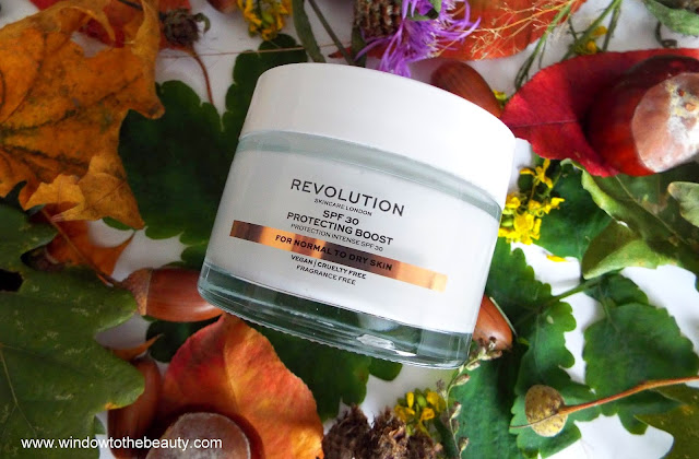 Revolution Skincare Moisture Cream Protecting Boost with 30 Spf