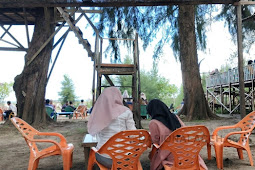 Di tengah Wabah Corona,Warga Abdya Terlihat Padat di Pantai Jilbab