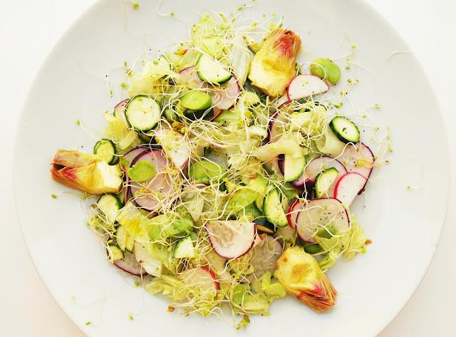 Salade de légumes primeurs