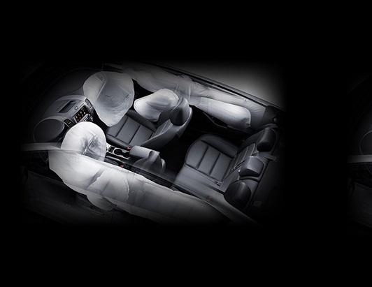 Xe Kia Cerato 2017 trang bị 6 túi khí an toàn.