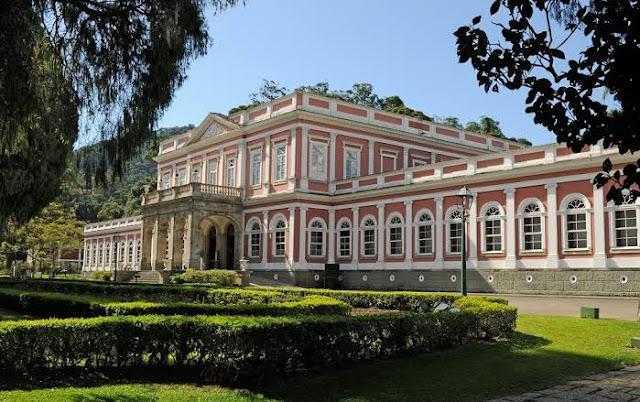 casa onde viveu D. Pedro em Petrópolis