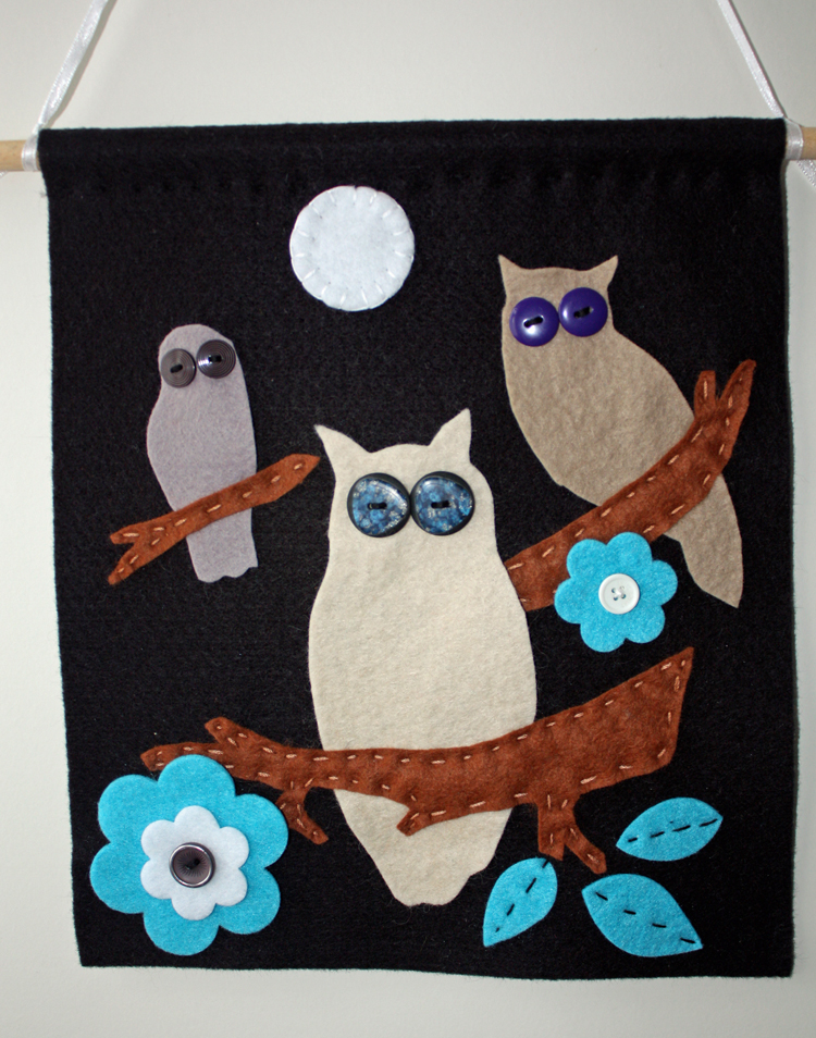 Craft and activities for all ages gorgeous owl felt wall for Crafts for all ages