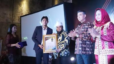 Walikota Bengkulu Helmi Raih Penghargaan Top 25 Pemimpin Terbaik Indonesia