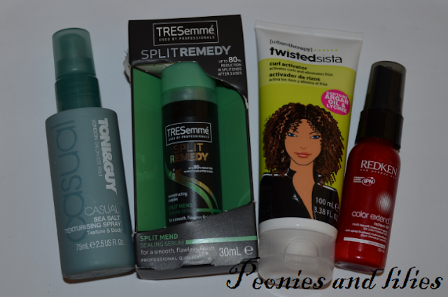 Toni and Guy sea salt volumising spray, Tresemme split mend sealing serum, Urban therapy twisted sista curl activator, Redken color extend multi benefit treatment spray, Giveaway, Christmas giveaway, Haircare, Toni and guy, Tresemme split remedy, Urban therapy twister sista, Redken, Redken color extend