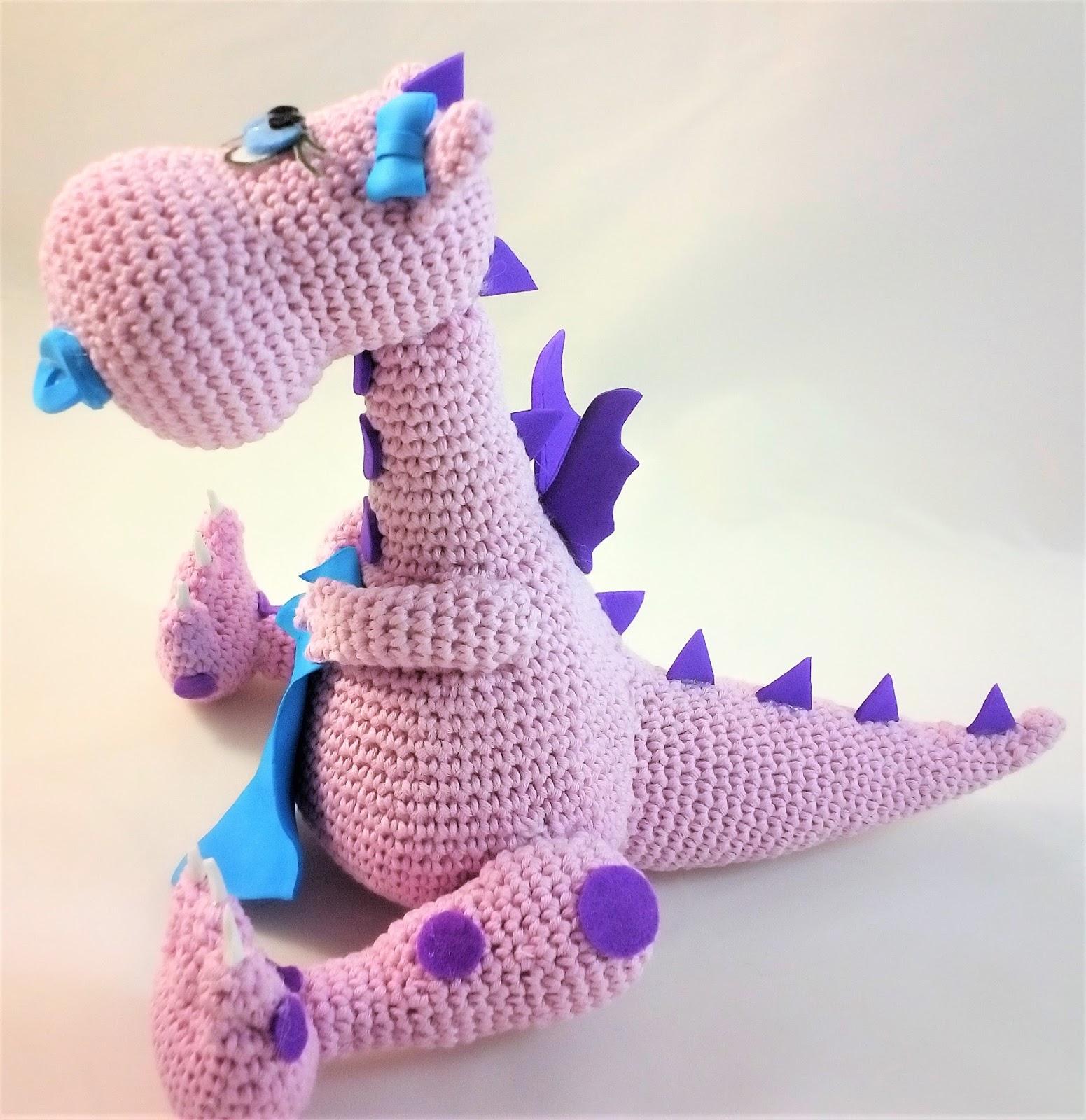 Amigurumi Crochet Presentation - LUNARYO baby dragon / smok - YouTube | 1600x1551