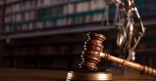 Εποχές ανωμαλίας: Νομιμοποιούν την παρανομία με ειδική νομοθεσία