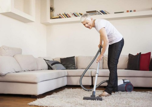 Make-House-Cleaning-a-Part-of-Your-Workout-Regime