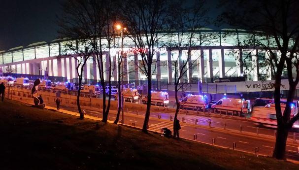 Autobomba fuori lo stadio del Besiktas. Molti poliziotti feriti