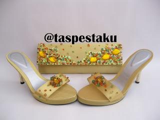 Gold Tas Pesta dan Sepatu Cantik Mewah harga Terjamin Murah