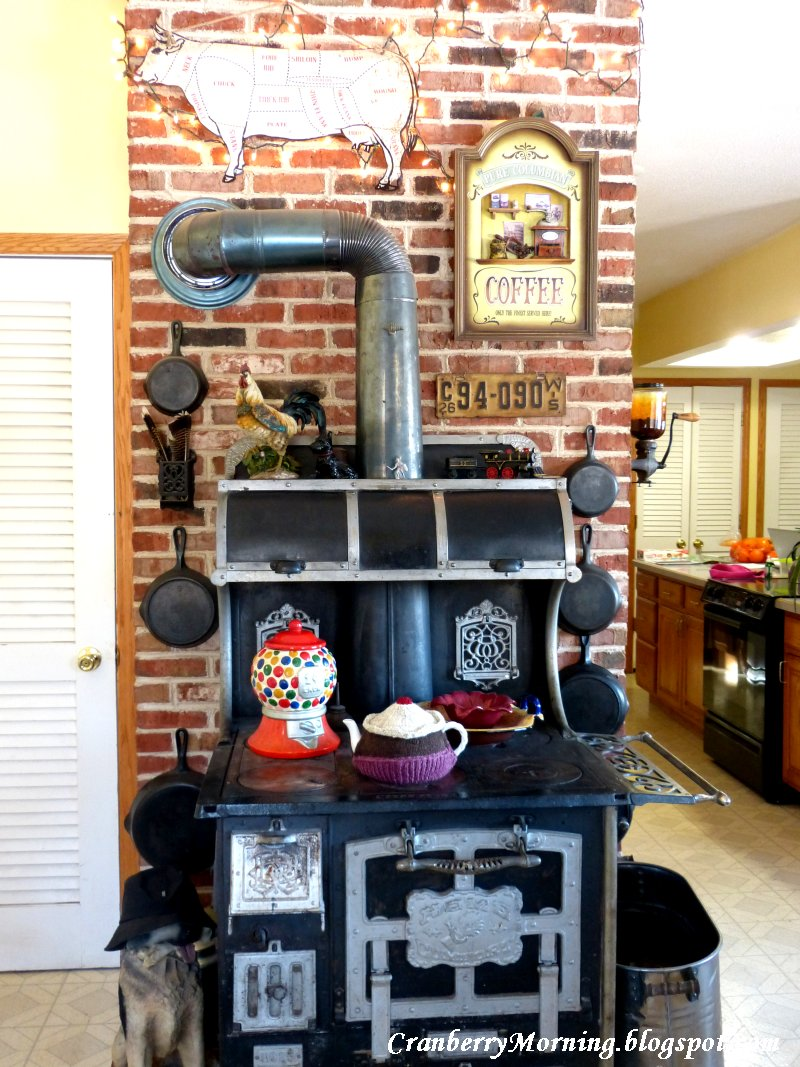 You've probably seen this before, but in case you haven't it's a photo of  our Home Comfort wood-burning range. The dog cookie jar no longer lives on  the ... - Cranberry Morning: Vintage Treasures, 1913 Home Comfort Wood