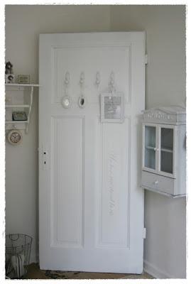 lovely vintage bilderflut garten l dchen und fachwerk scheune. Black Bedroom Furniture Sets. Home Design Ideas