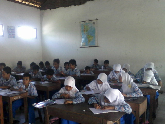 Download Soal UKK Aqidah Akhlak Kelas 8 Semester Genap