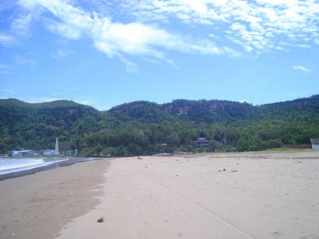 Pantai Mulut Seribu Kabupaten Rote Ndao