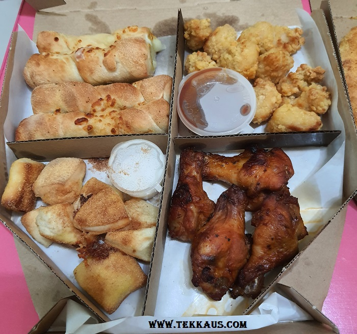 Domino's Fabulous Four Party Box