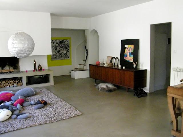 Color on the floor - concrete floors