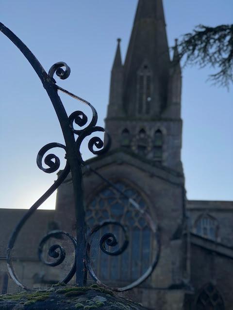 churches in Oxfordshire, Chez Maximka