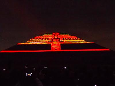 Teotihuacan en l nea negocios de teotihuac n acaparan Espectaculo de luz y sonido en teotihuacan