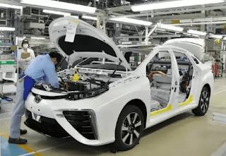 """Toyota sudah memperkenalkan kendaraan """"yang disebut sebagai"""" mobil masa depan pada November lalu, yakni Sedan Mirai dengan Teknologi hidrogen."""