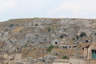Le grotte e le chiese rupestri nella Murgia materana