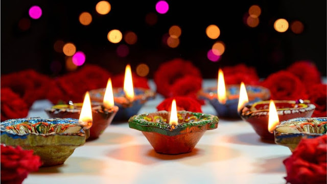 10 Lines on Diwali in Hindi   Few Important Lines on Diwali Hindi