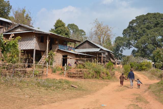 Village dans la région de Shan