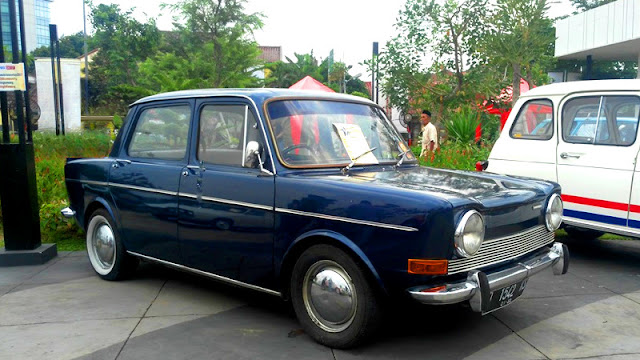 Simca 1000 french automobiles meet up 2017 foto : Kompas