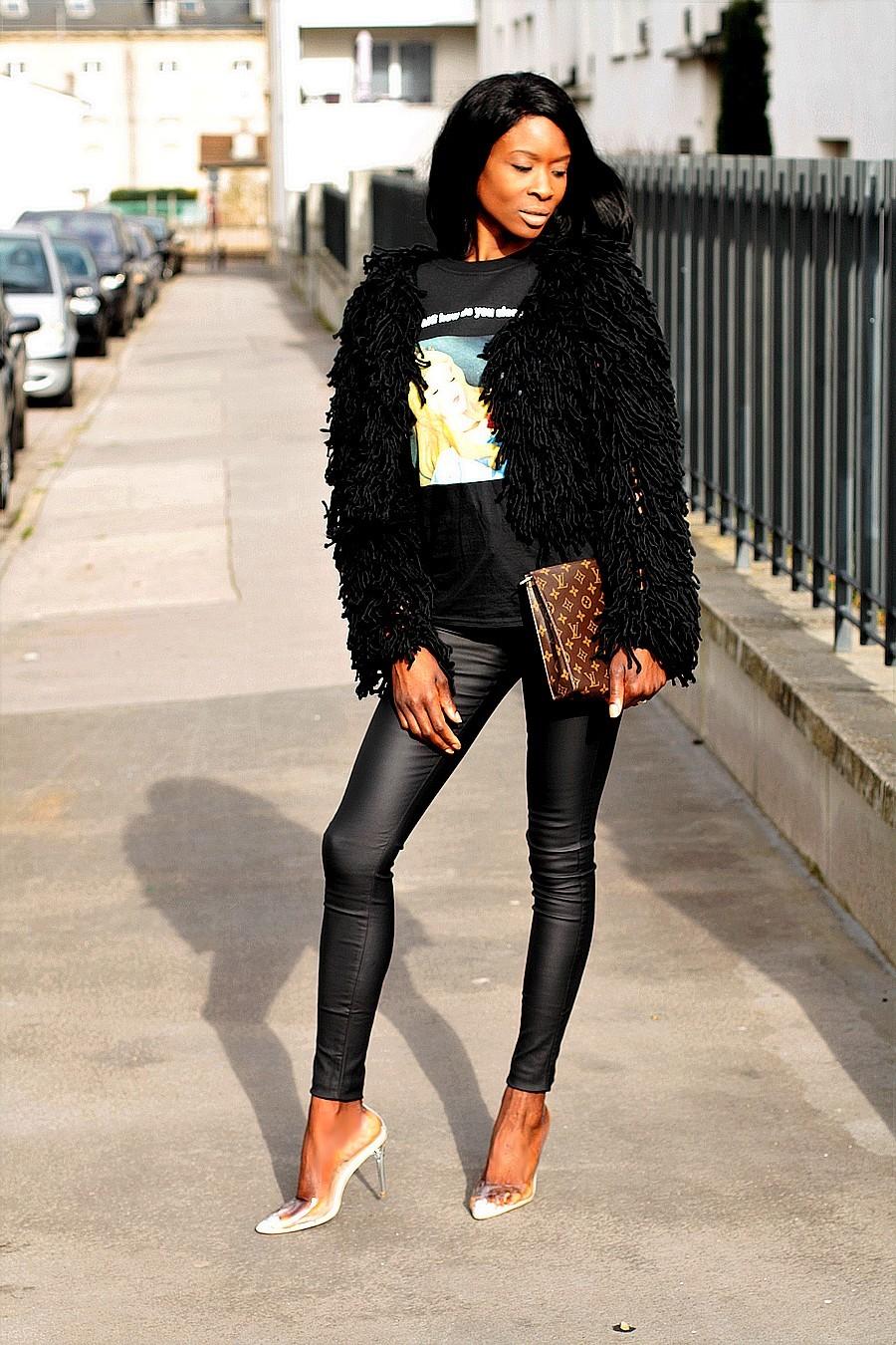 cardigan-gilet-shaggy-moumoute-missguided-pantalon-huilé-escarpins-transparents