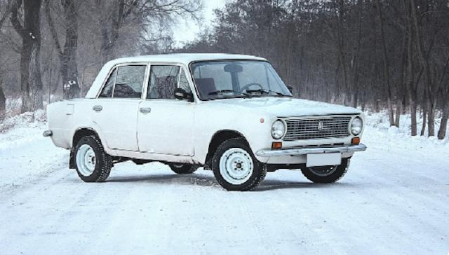 Как водители ездили зимой на летней резине во времена Советского Союза
