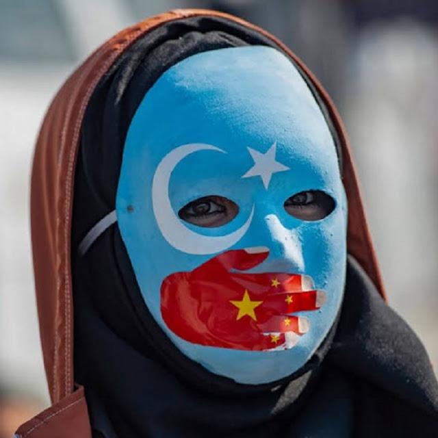 Tolong Selamatkan Muslim Uyghur