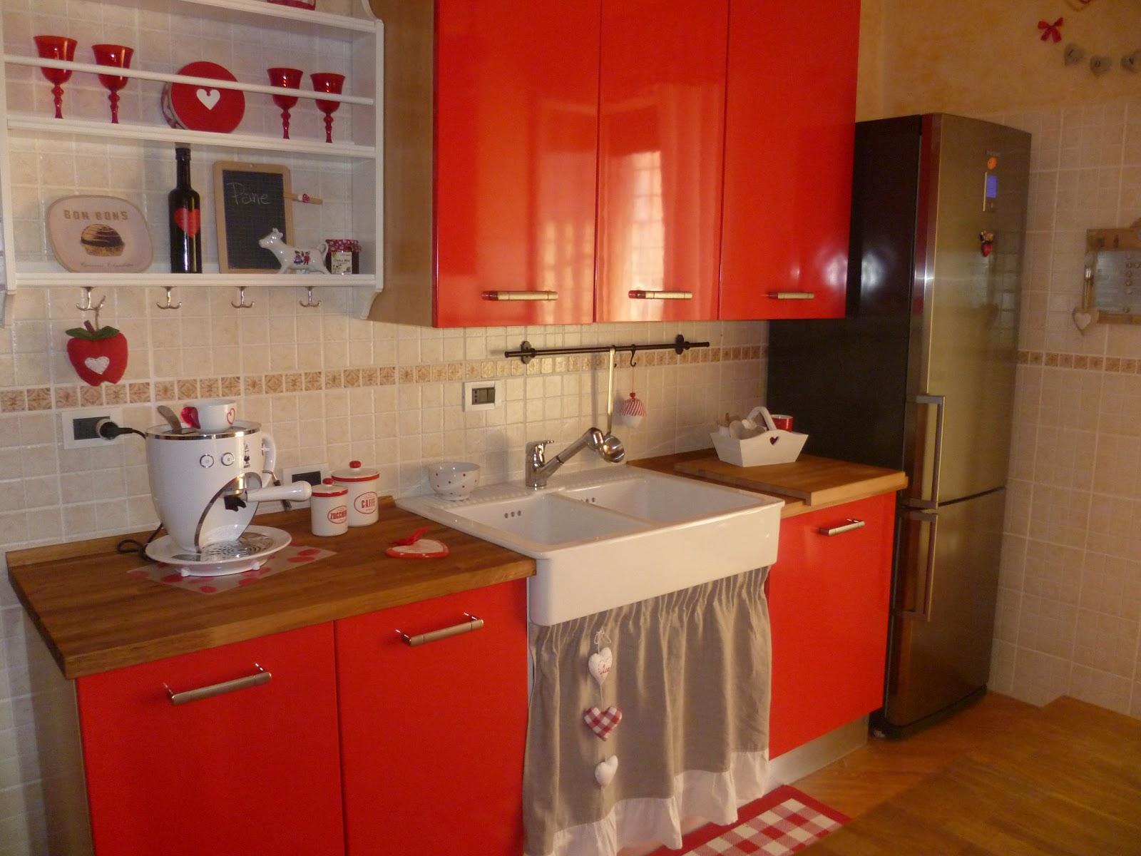 Credenza Ikea Rossa : Cucine ikea country mobiletti classici per bagno