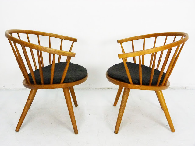 Mid-Century Pair of Arka Chairs by Yngve Ekström 4