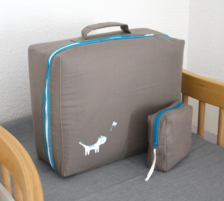 minimille et ses dix doigts petite valise en tissu. Black Bedroom Furniture Sets. Home Design Ideas
