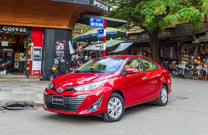 Những 'cú bẻ lái' trên thị trường ôtô Việt