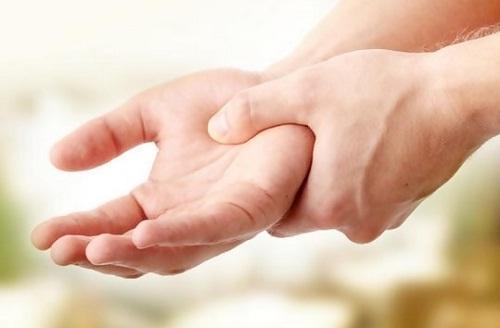 Tangan Gemetar Jangan Dianggap Remeh