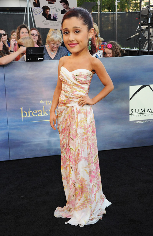 En imágenes: mundo cabezón - Ariana Grande | Ximinia