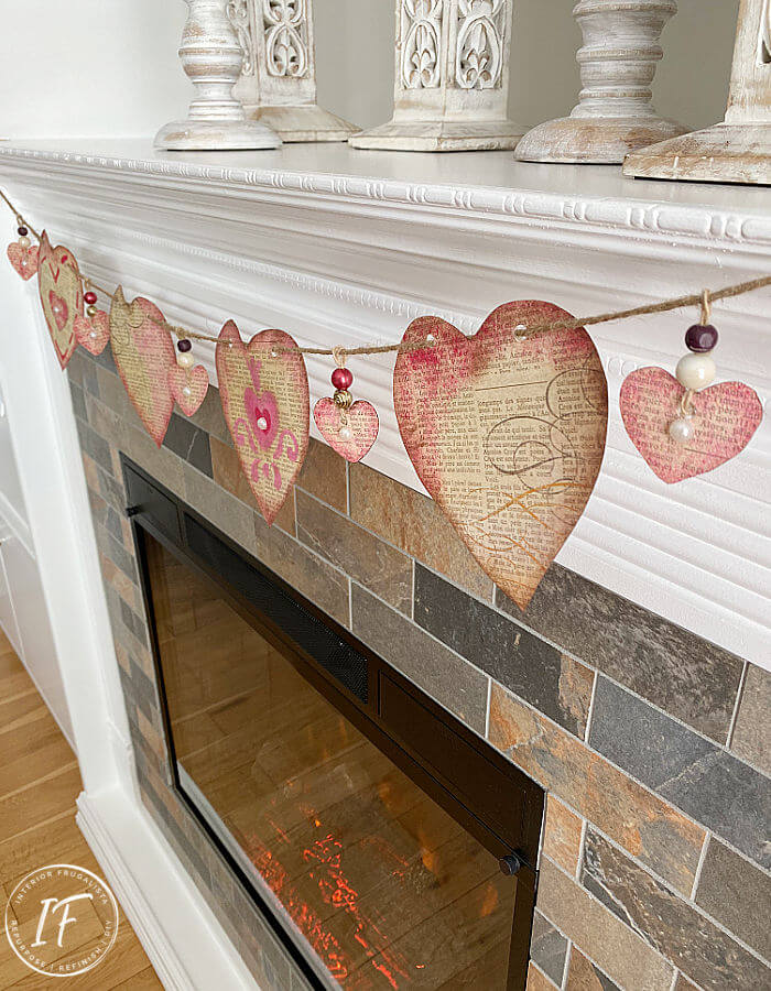 Vintage-Style Valentine Heart Paper Garland