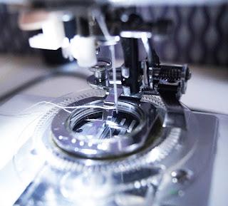 Jak zwiększyć twórcze możliwości maszyny, czyli stopka do kwiatków….