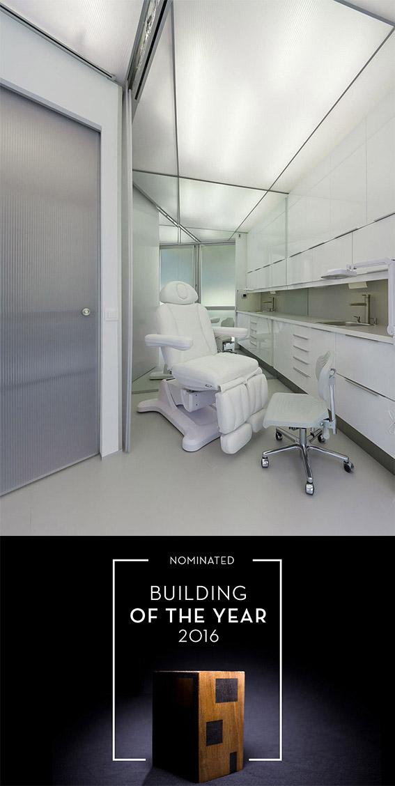 novopie-clinica-podologica-torrox-malaga-nominada-mejor-obra-año-2016-estudio-arquitectura-antonio-jurado