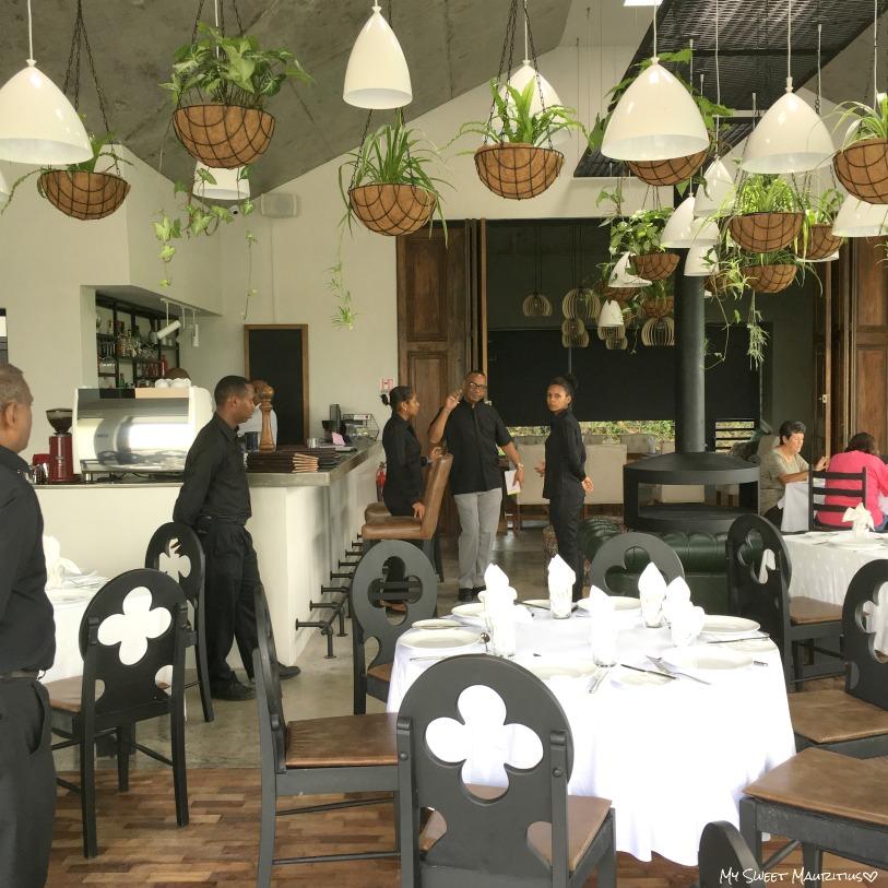 My sweet mauritius la potiniere - Centre de table restaurant ...