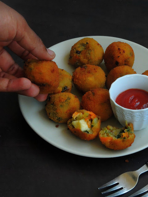 Cheese stuffed Vegetable Balls