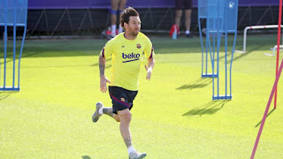 Barcelona captain Leo Messi trains without bandage ahead Bayern game