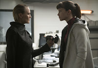 Blade Runner 2049 Robin Wright and Sylvia Hoeks Image 1 (27)